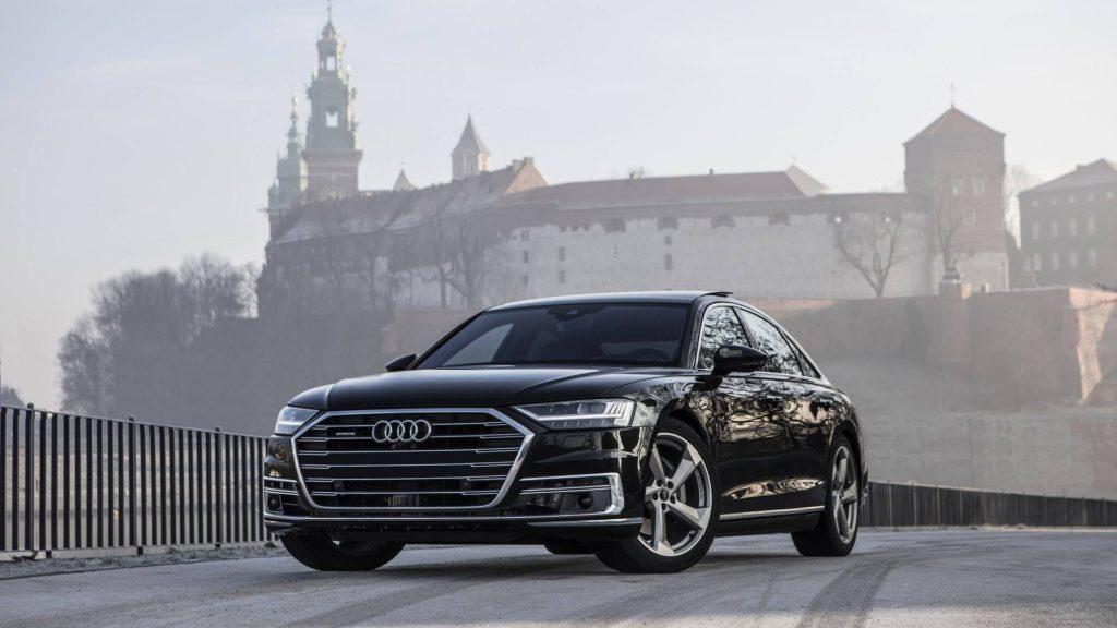 Audi A8 2018 года