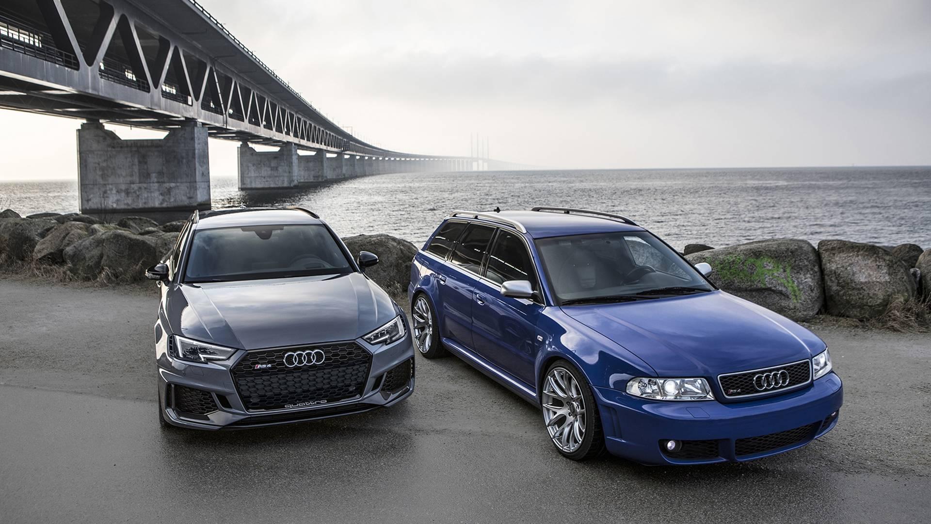 Audi RS4 2001 и Audi RS4 2018