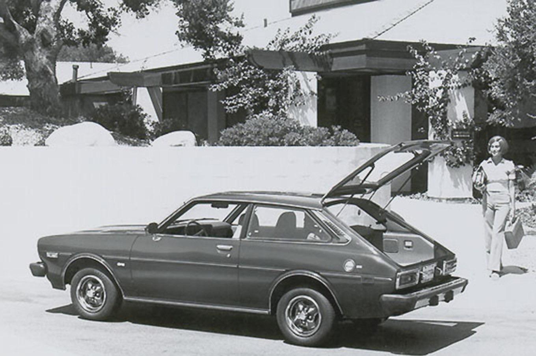 история Corolla