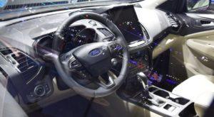 Ford Kuga 2019 интерьер