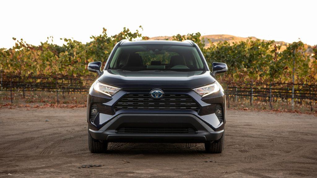 2019 Toyota RAV4 XLE hibrid