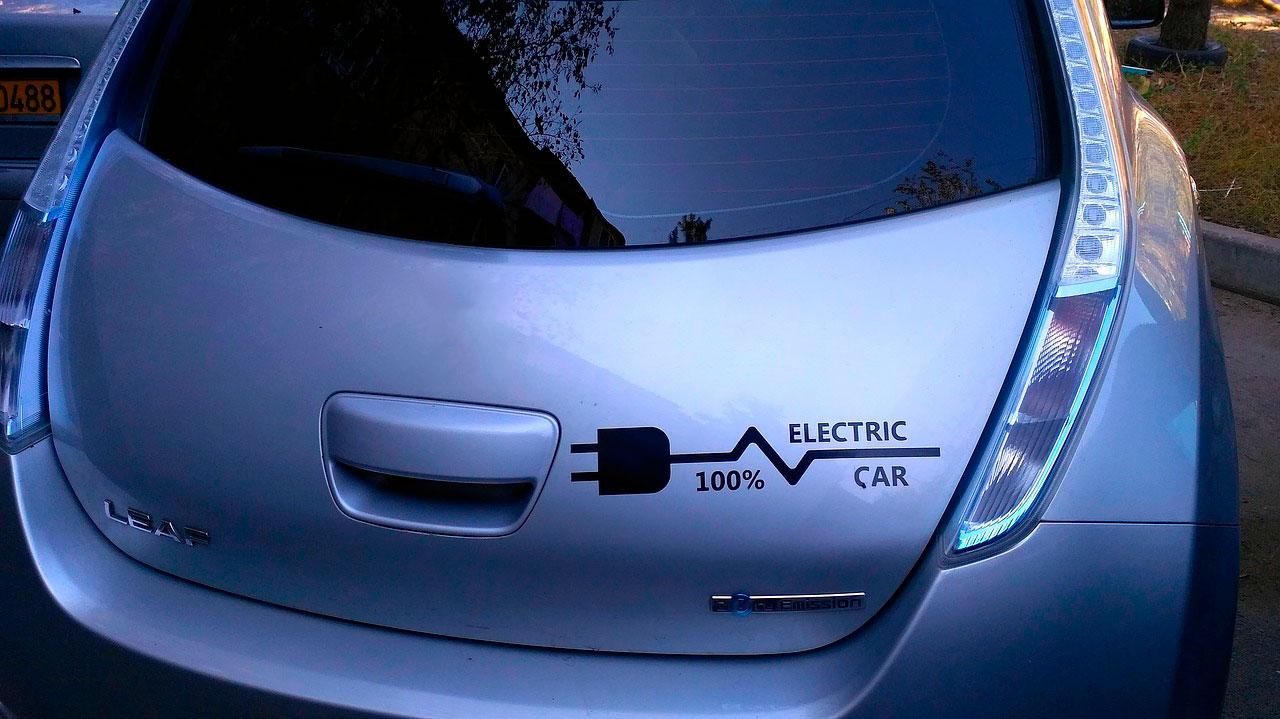 прогноз по продажам электромобилей