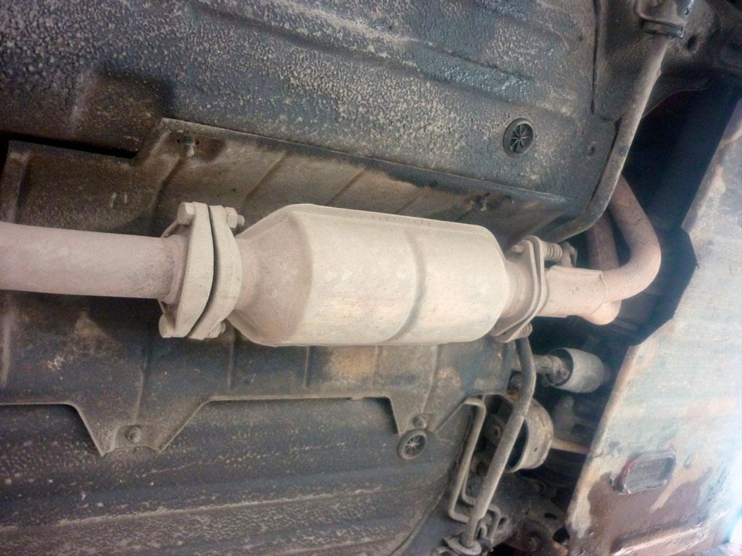 Как удалить катализатор автомобиля?Как удалить катализатор автомобиля?