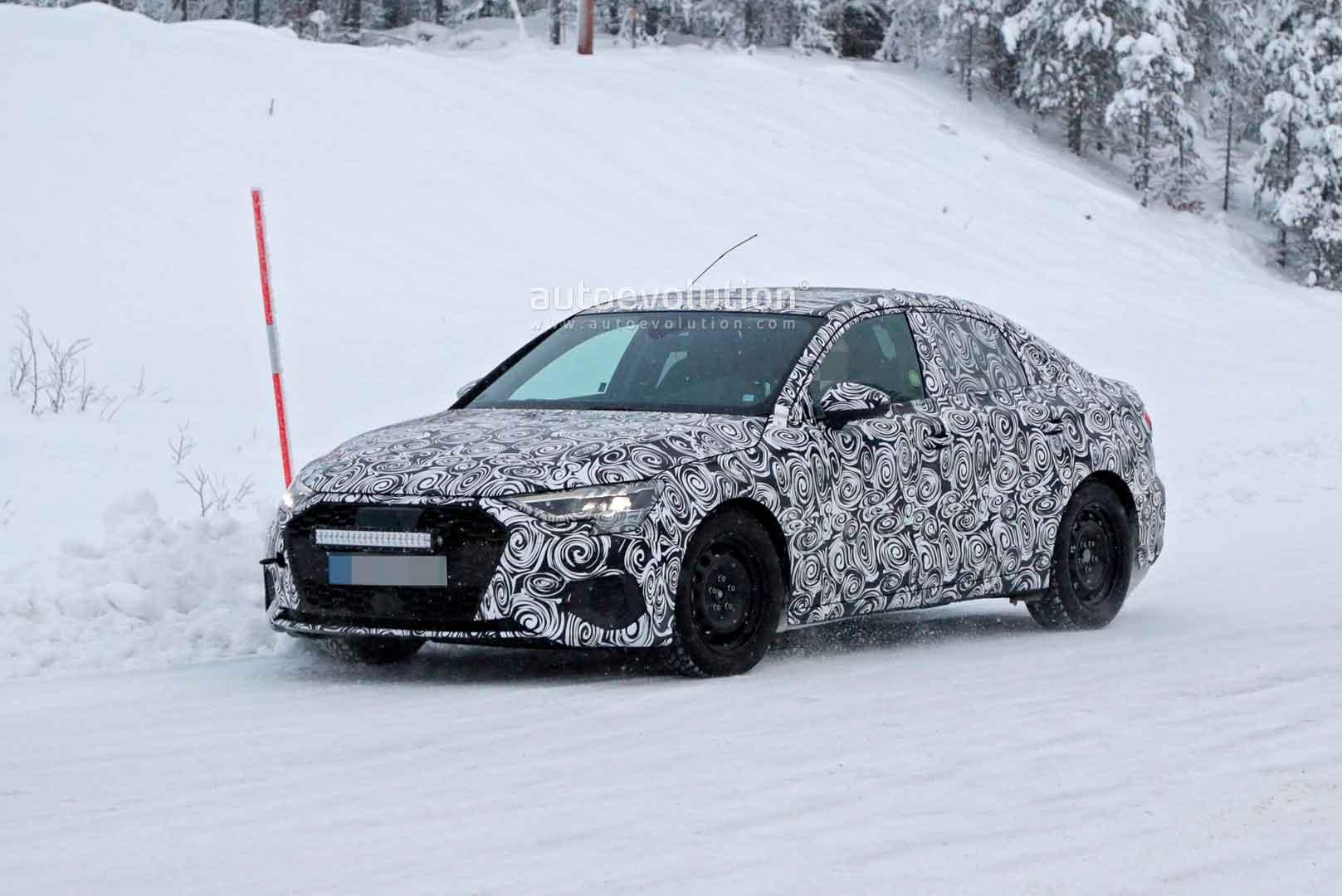 Audi A3 2021 проходит зимние испытания в Скандинавии