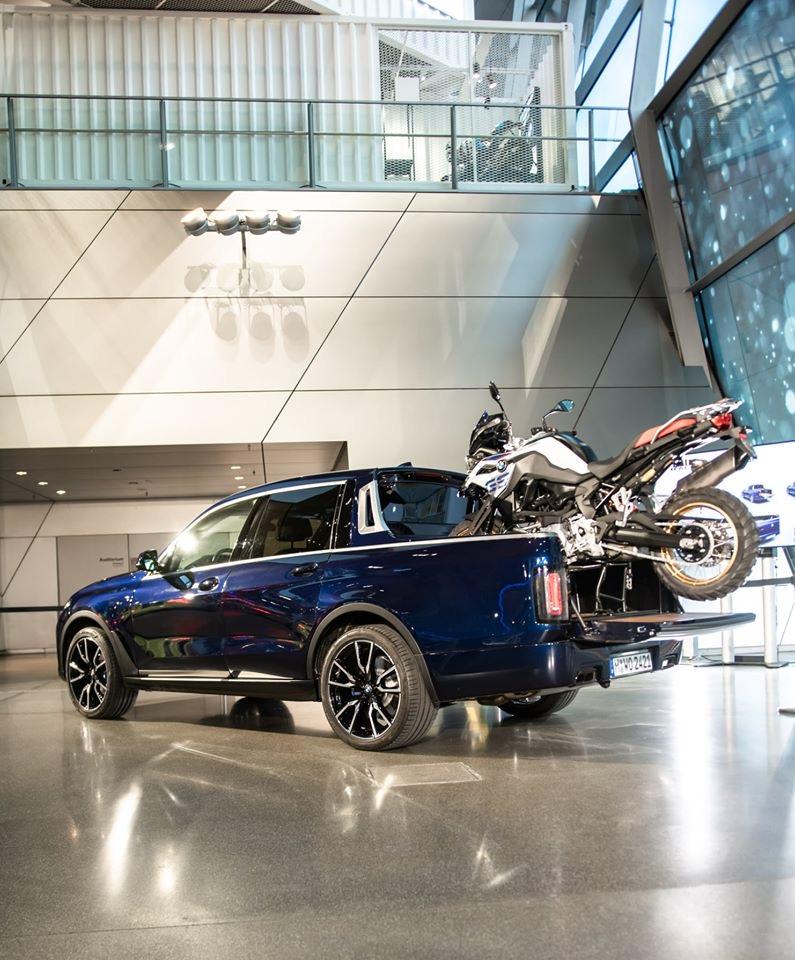 пикап BMW X7