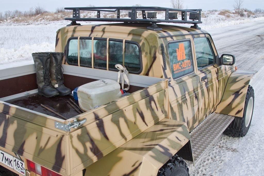 Полурамный пикап Lada 4x4