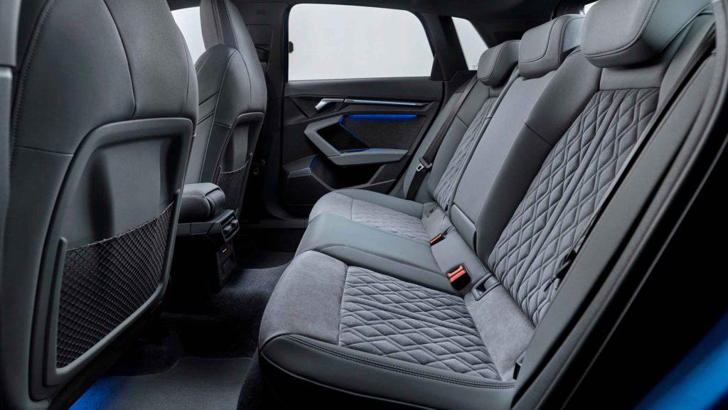 хэтчбек Audi A3 2020