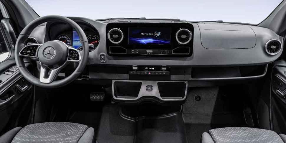 интерьера нового  Mercedes Sprinter
