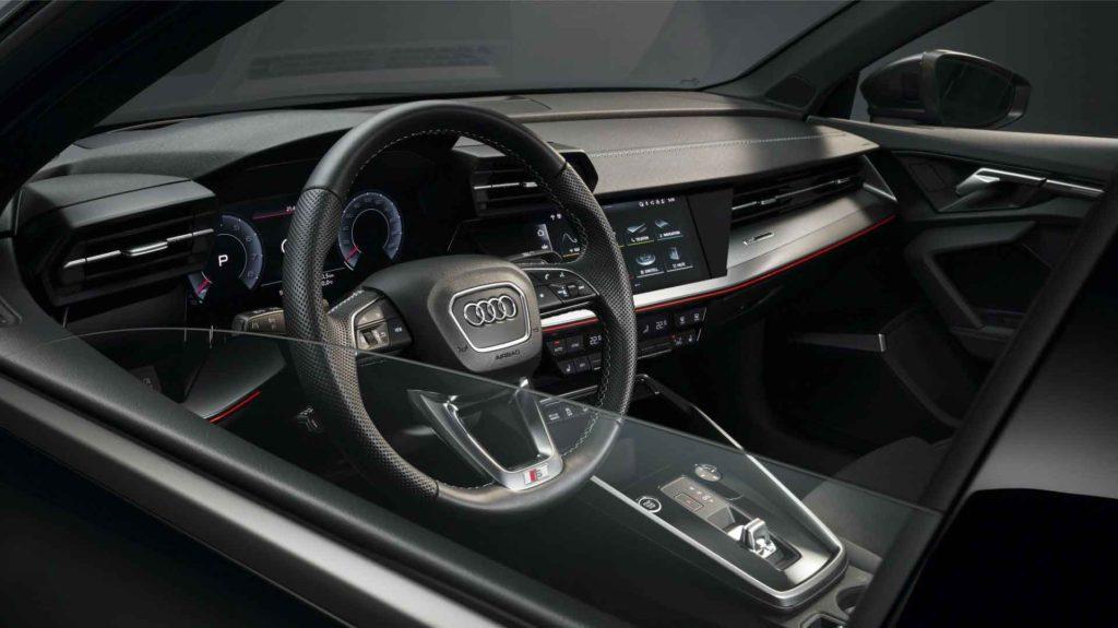 Седан Audi A3 2021