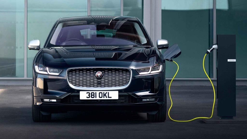 Электрический кроссовер премиум класса Jaguar I-Pace 2021 модельного года, незначительно обновился, став еще более технологичным!