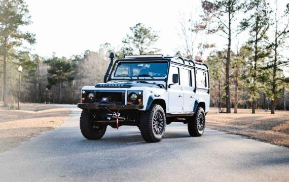 Land Rover Defender 1993 по цене четырех Land Rover Defender 2020