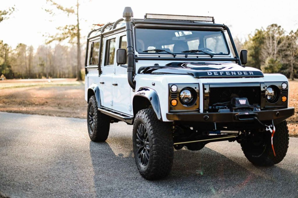 Land Rover Defender 1993 года