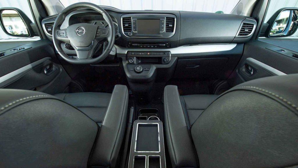 Opel Zarifa is3 Black Phantom