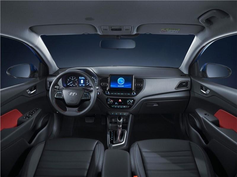 Новый Hyundai Solaris салон