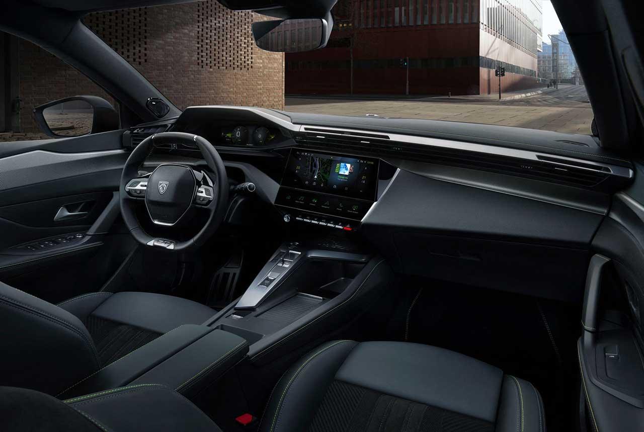 интерьер Peugeot 308 2021 года