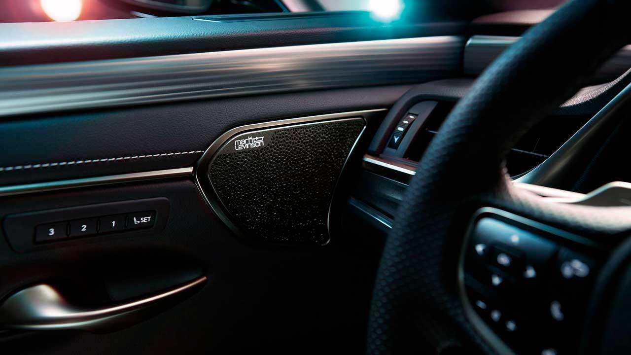 Комплектации Lexus ES