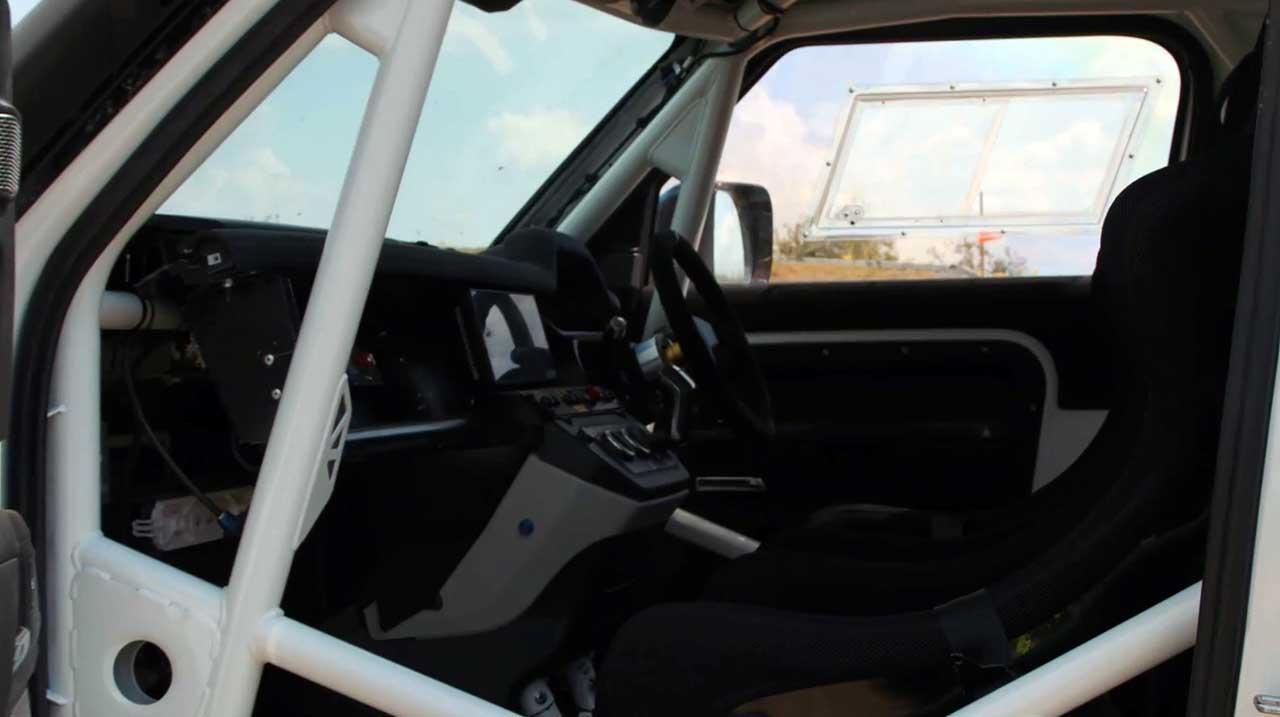 Раллийный Land Rover Defender