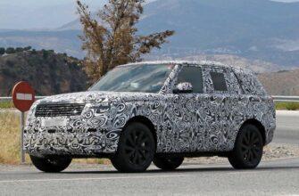 Range Rover PHEV 2022 года