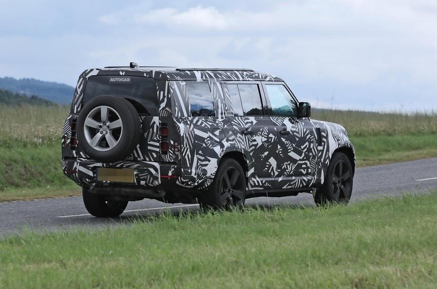 Land Rover Defender 130 2022 модельного года