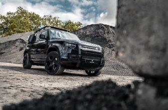 Land Rover Defender Valiance Tuxedo Black