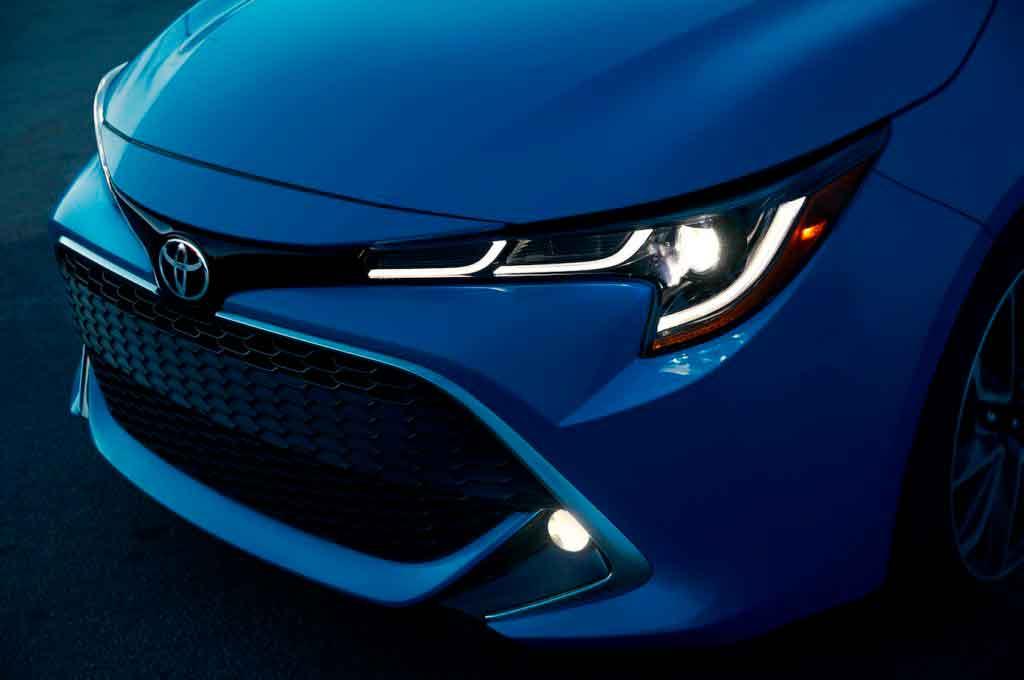 Toyota Corolla 2019 хэтчбек