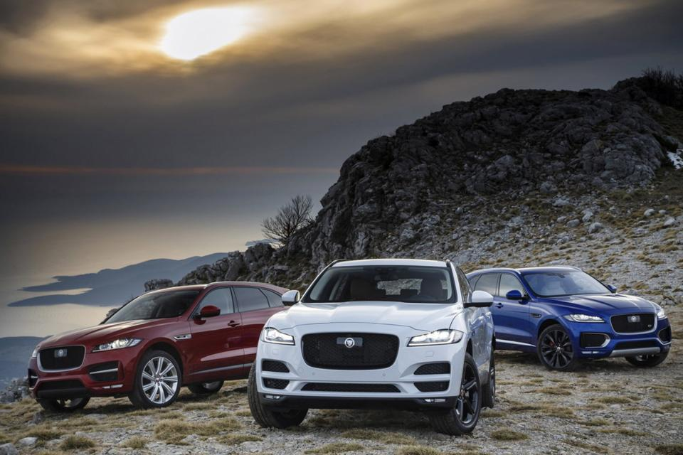 Обновленный Jaguar F-Pace 2018