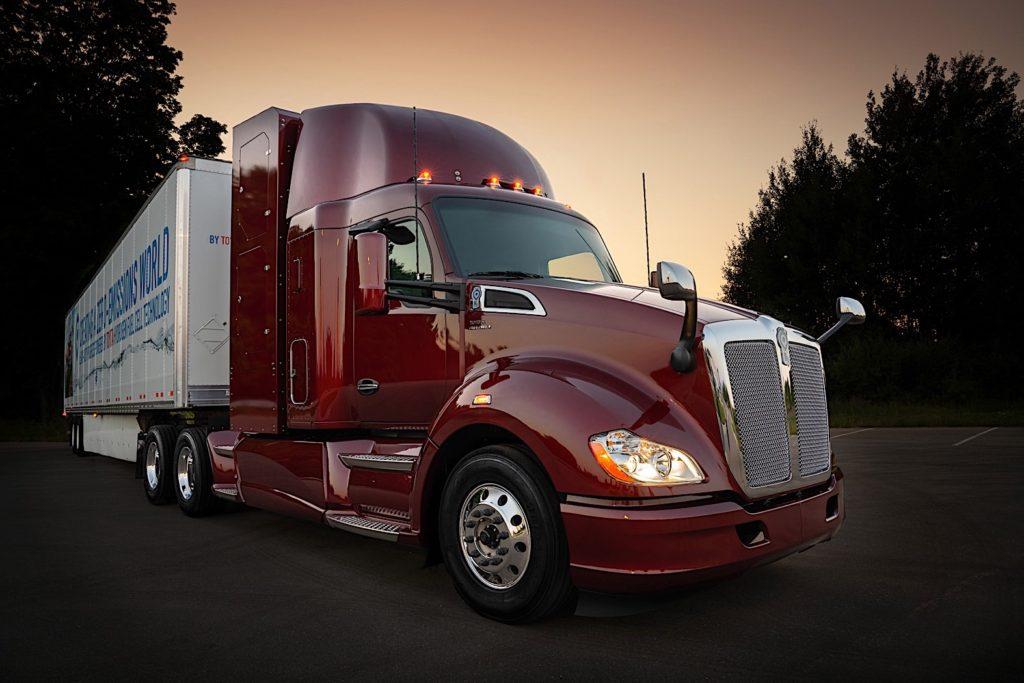 Toyota показала грузовик на водородном топливе