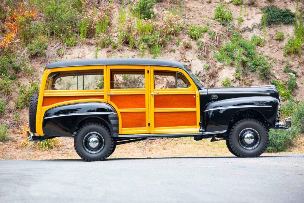 Ford Super Deluxe V8 Marmon-Herrington Wagon